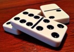 3-dominoes-1615744_640